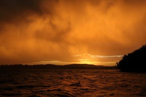 SunsetRainLakeMacquarie301017