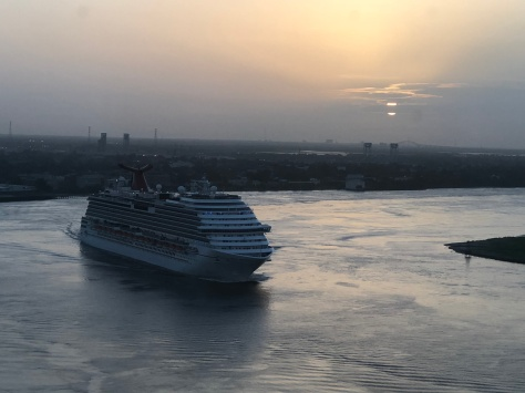 Sunrise over the Mississippi river, New Orleans 17 June 2018